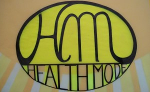 HEALTH MODE - Healthy Living and Natural Harmony Logo